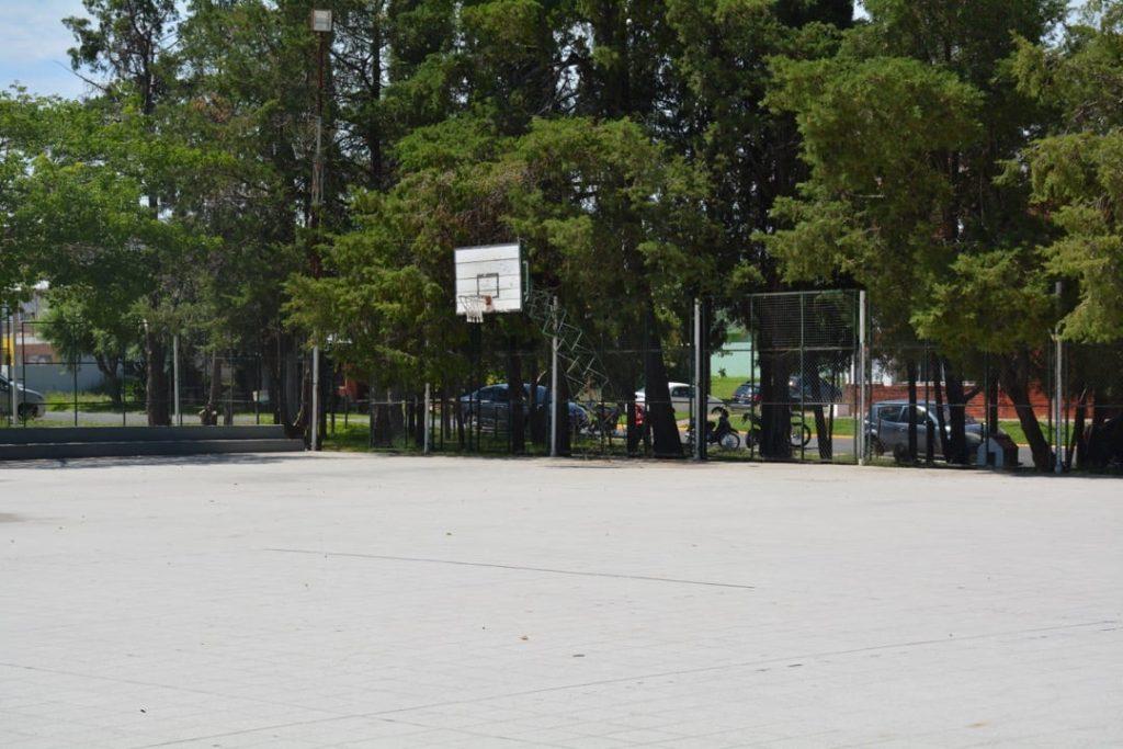 Polideportivo 2